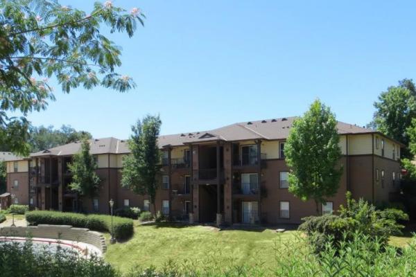 Oak Hills Apartments